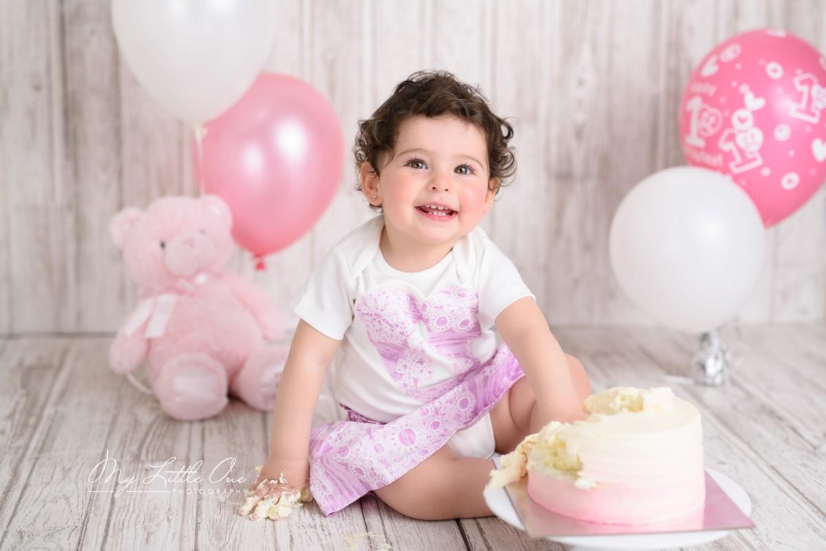 Cake Smash Girl Sydney Ryde Rhodes