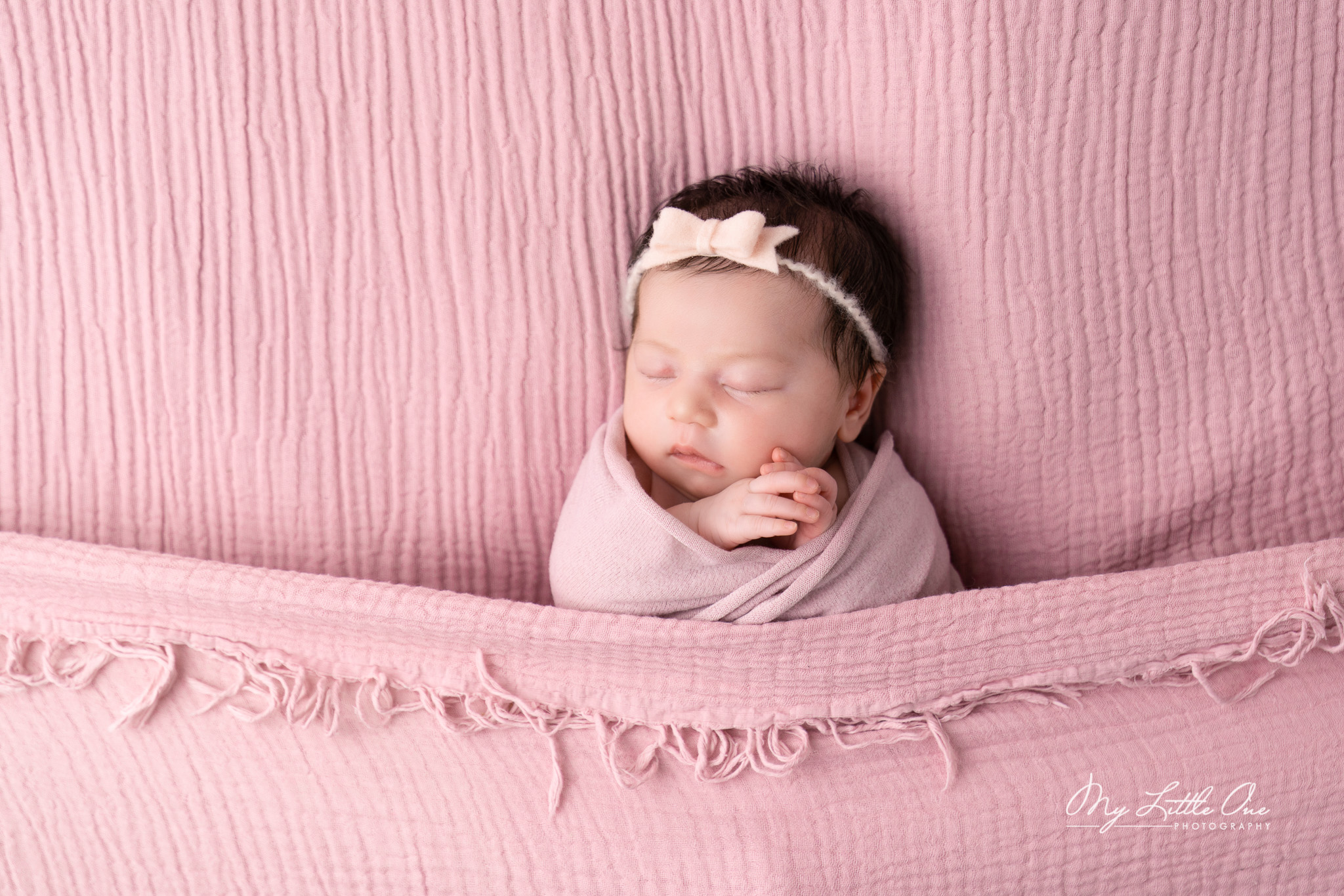 sydney-newborn-girl-photo-session-angela